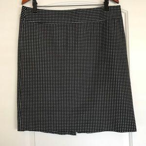 Banana republic women's skirt size 14 black white